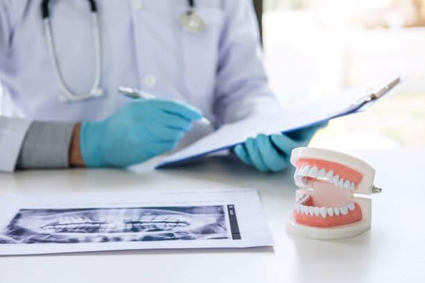 איכות של כתרים לשיניים
