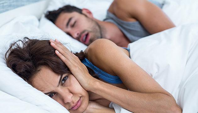 רפואת שינה דנטלית, טיפול לנחירות ומה שביניהם